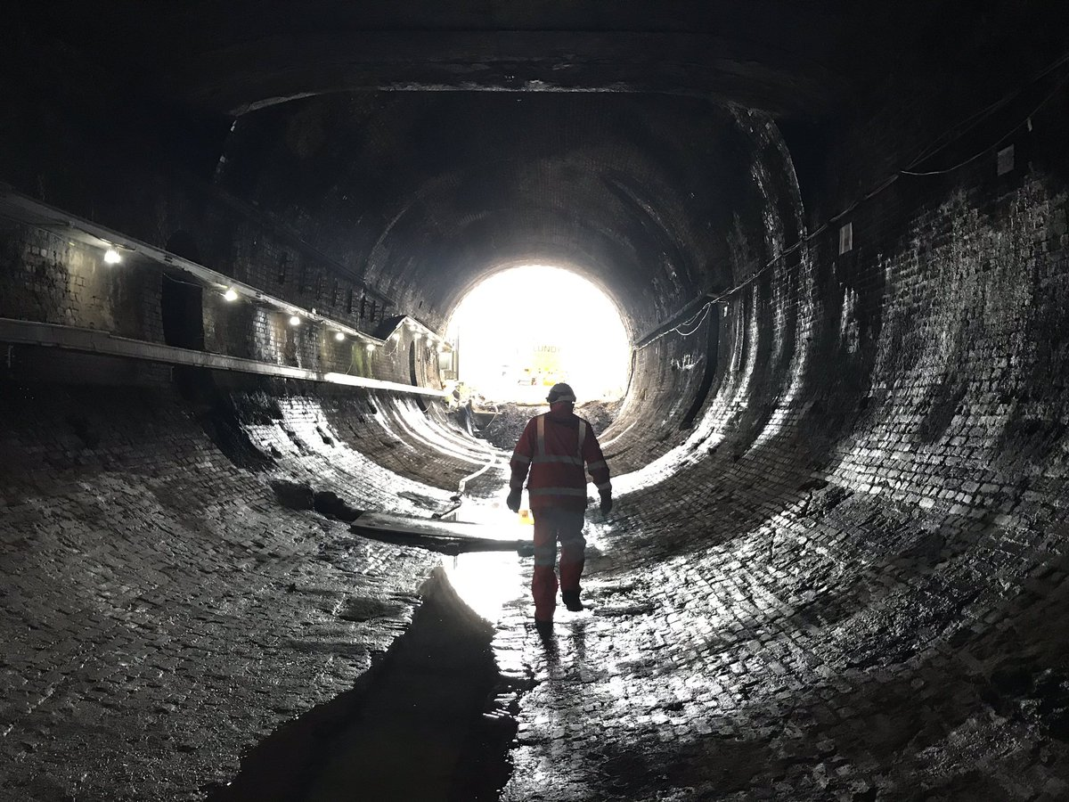 EPOFeefWoAAq9of?format=jpg&name=medium - King's Cross tunnels & canal aqueduct #2