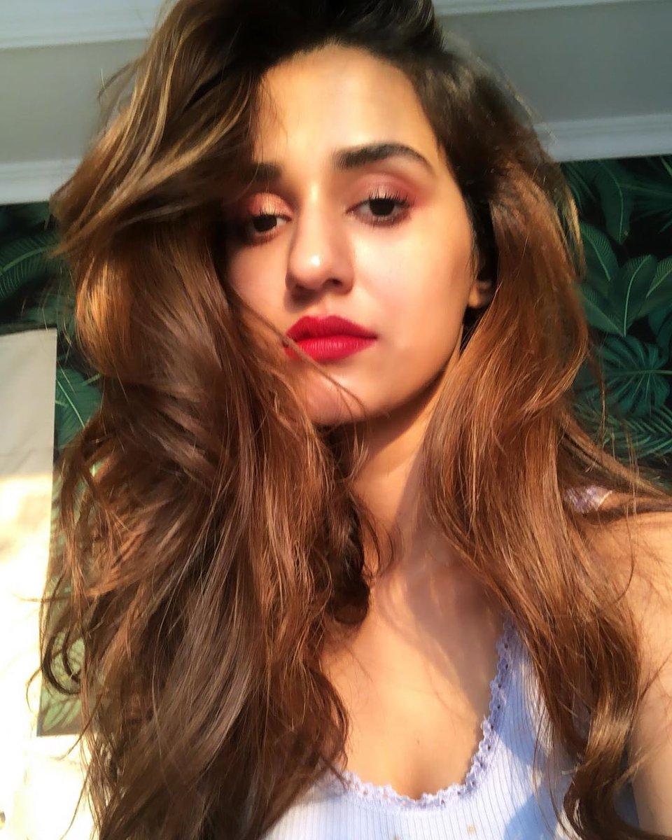 Bold and beautiful! #DishaPatani rocks red lips like nobody else.