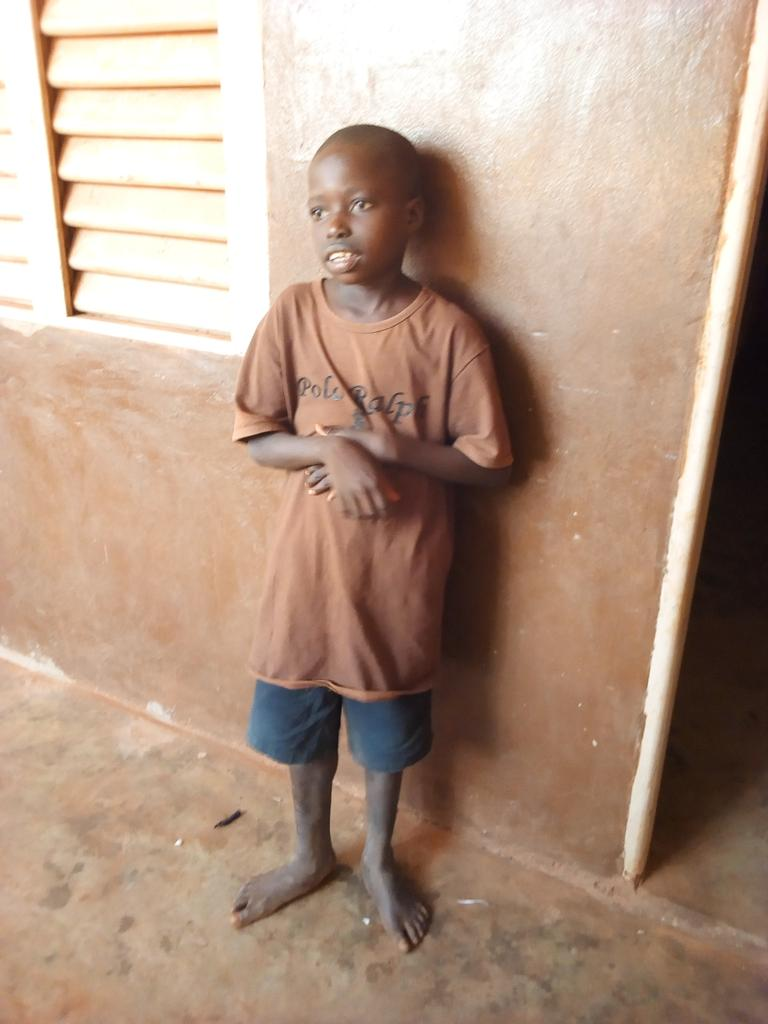@WSUPUK Salut, enchanté de vous rencontrer ici. Directeur Exécutif de l'orphelinat Le Sel de la Terre