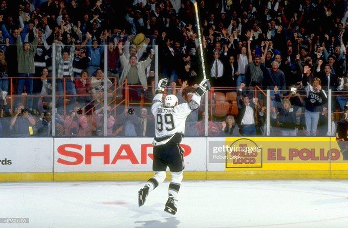 Happy birthday to The Great One, Wayne Gretzky, who was born on January 26, 1961.