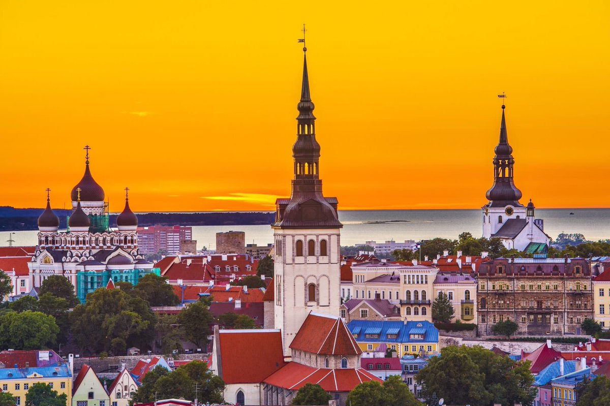 The Medieval City Experience, Tallinn, Estonia https://thetravelhackinglife.com/medieval-city-tallinn-estonia/ …  for Tallinn tours, itineraries, fun activities and spectacular locations #estonia #estonian #visitestonia #travelestonia #madeinestonia #estonianblogger #welcometoestonia #estoniatravel #tallinestoniapic.twitter.com/b6zVYdKmQL