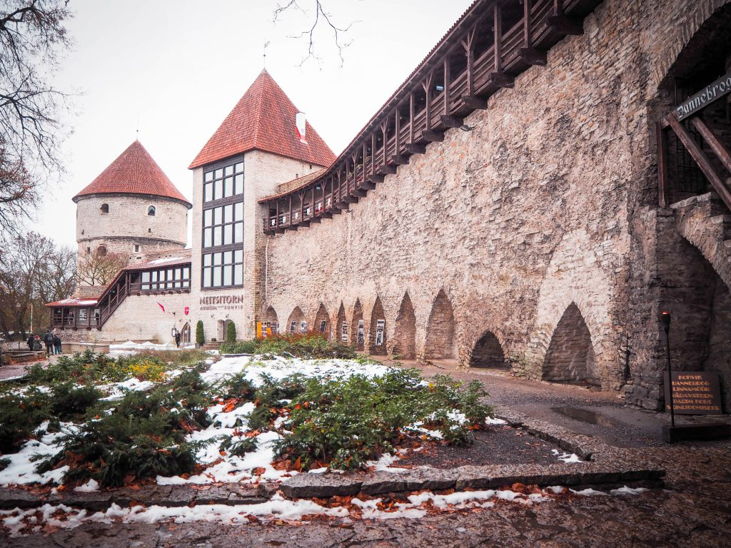 The Medieval City Experience, Tallinn, Estonia https://thetravelhackinglife.com/medieval-city-tallinn-estonia/ …  for Tallinn tours, itineraries, fun activities and spectacular locations #estonia #estonian #visitestonia #travelestonia #madeinestonia #estonianblogger #welcometoestonia #estoniatravel #tallinestoniapic.twitter.com/h81ZZHzCua