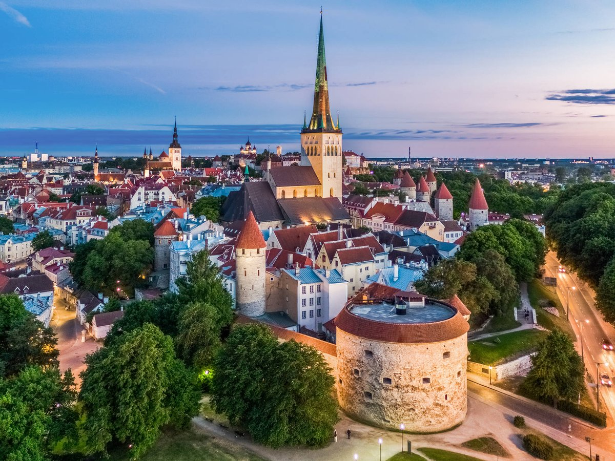 The Medieval City Experience, Tallinn, Estonia https://thetravelhackinglife.com/medieval-city-tallinn-estonia/ …  for Tallinn tours, itineraries, fun activities and spectacular locations #estonia #estonian #visitestonia #travelestonia #madeinestonia #estonianblogger #welcometoestonia #estoniatravel #tallinestoniapic.twitter.com/wMtynbjFQA