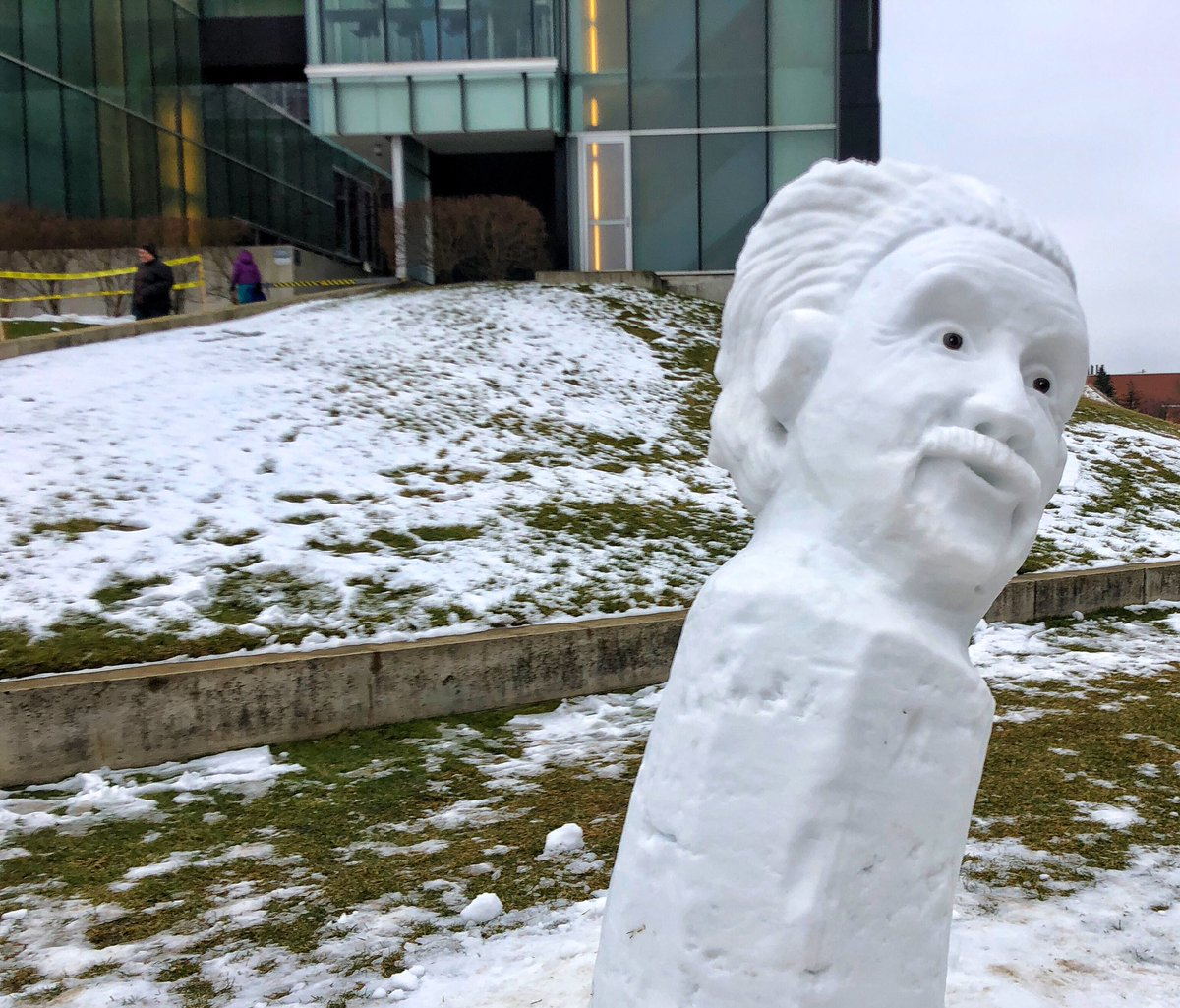 Albert Einstein says his hair has been improved somewhat. He continues to lean. @CreateWaterloo @Perimeter