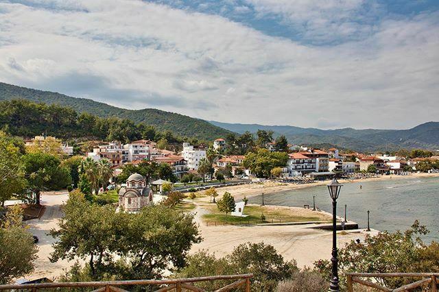Olympiada #naturephoto #greece #visitgreece #naturephoto #photography #landscapephotographer #sithonia #landscape #landschaftsfotografie #raw_community #fotografieren #naturelovers #visithalkidiki #travel #travelphotography #photonature #reisen #urlaub #… https://ift.tt/30SFWVtpic.twitter.com/SuRrZVl4qn