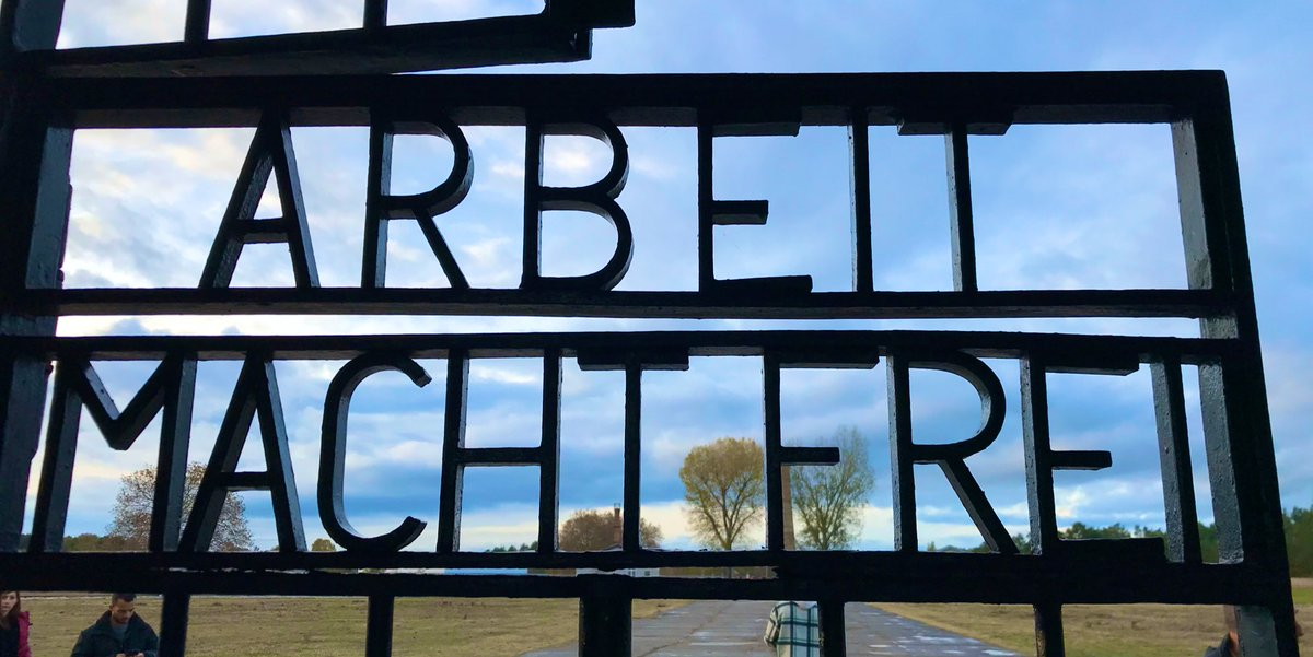 On 27 January, it's been 75 years since the liberation of #Auschwitz. This picture is from @GMSachsenhausen, outside of #Berlin.  A minute of silence for every victim of the #Holocaust would keep us silent until June 2031... #WeRemember #NeverAgain #NieWieder <br>http://pic.twitter.com/iDbnQXyo3q