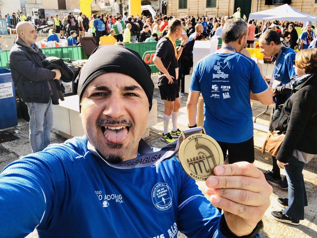 Anche questa è andata...con personal best(seppur modesto )...soddisfatto!!! #maratonadiragusa #straragusa #21km @runlovers @RunnTheCity #runningpassion pic.twitter.com/Nfjb4kY5zP