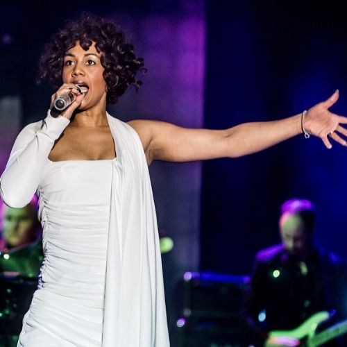 Hit show #WhitneyQueenOfTheNight starring @eleshapaulmoses is heading back to the #WestEnd for one night only at the Adelphi Theatre on 26 April 2020 as part of its extensive UK tour @Rhodes_Media @CuffeandTaylor   https://musicaltheatrereview.com/whitney-queen-of-the-night-to-play-west-end-date-as-part-of-tour/…pic.twitter.com/DUz3uI7beY