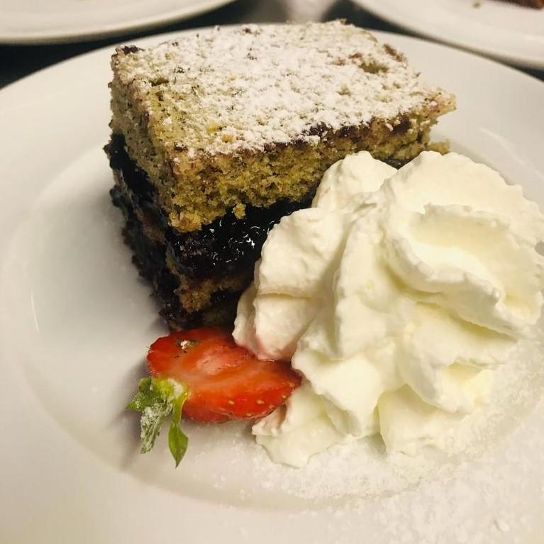 È sempre il momento giusto per un dolce dessert d...