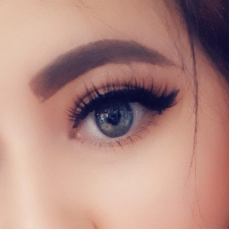 Eye make up for pool party when i was in ibiza #dollbeauty #cosmetics #lashes #instamakeup #eyeshadow #eyebrows #eyeliner #lash #mascara #cosmetic #eyes #katvond #primers #makeupaddict #powder #base #beautyblogger #glue #benefitcosmetics #makeuplover #makeupjunkie #instabeautypic.twitter.com/CtD8qsyrVs