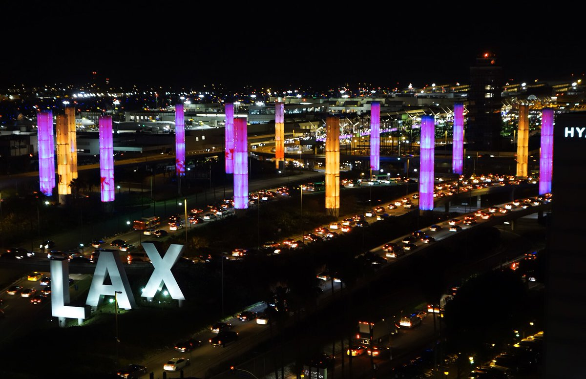 Tonight, LAX's pylons will be lit in purple and gold in memory of Kobe Bryant, his daughter and all those who were with them in today's unthinkable accident. Kobe was in many ways a symbol of Los Angeles and we join his family, fans and city in mourning all who were lost today. https://t.co/HGX5AaSDBG