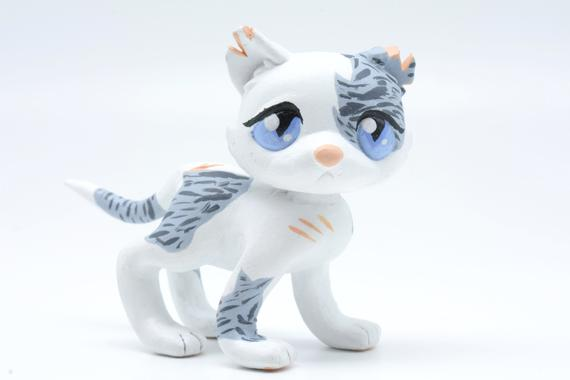 Ivypool Warrior Cats LPS Littlest Pet Shop Clay Custom Bobble Head Figure With Gift Box by CustomsWarrior Unbeatable! #giftshop #customshop #lpscustom https://etsy.me/2RgPfJO pic.twitter.com/BHMKdihybn