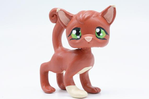 Squirrelflight Warrior Cats LPS Littlest Pet Shop Clay Custom Bobble Head Figure With Gift Box by CustomsWarrior Be Inspired! #giftshop #customshop #lpscustom https://etsy.me/2Rk2V6W pic.twitter.com/QNrD6klaCh