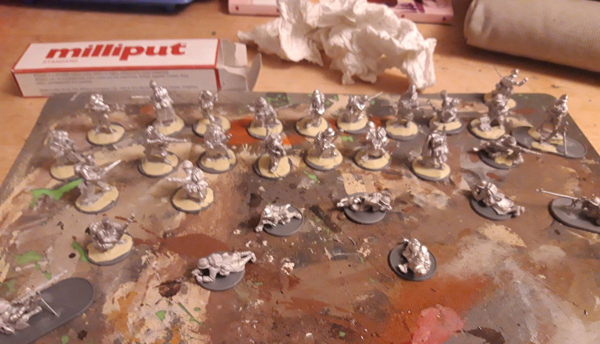Milliputting my way through the bases of many French. (Mix of Crusader and Warlords). Waiting for more bases to arrive, but there's maybe twice as many as this ready for priming. I'm doing regular infantry, Dragon Portes, Motorcycle troopers and Senegalese <br>http://pic.twitter.com/bG45MW1hbu