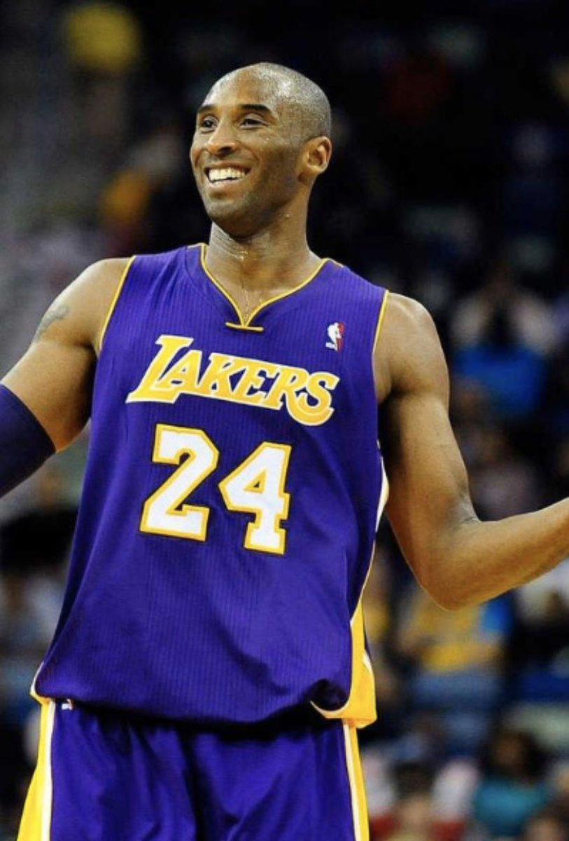 It's not fair. I'm praying for your family. #KobeBryant #RIPMAMBA #BlackMamba #oneofthebest #Legends #tropicaltalker