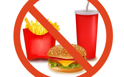 Diets consisting of predominantly whole foods decrease the damaging fats in processed foods.pic.twitter.com/4HRDJwTwuR