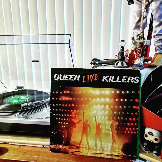 Queen - Live Killers  #queen #vinyl #lp #nowspinning #nowlistening #vinylcollection #33rpm #vinylcommunity #vinylrecords #recordcollection https://ift.tt/38FCOyJ pic.twitter.com/o58kQGFphE
