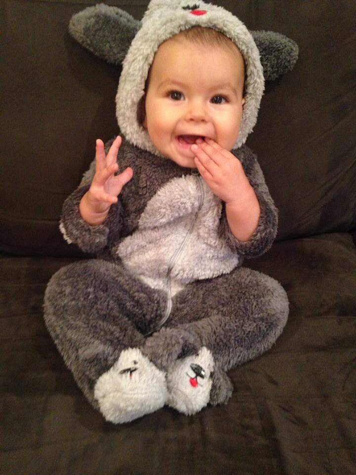 @specialkonline I saw you post those jump suits the other day, here is Harper in hers. pic.twitter.com/u6XFVApdyr