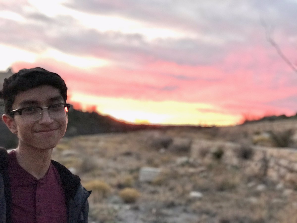 A beautiful Carlsbad Caverns sunset and my Adrian 💖 #familyfun