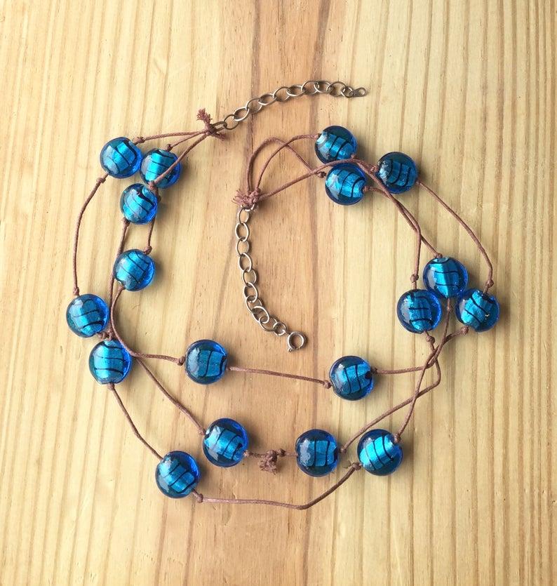 https://www.etsy.com/listing/772390287/rustic-layered-necklace-with-silver?ref=shop_home_active_1… https://www.etsy.com/listing/771018955/beaded-beach-necklace-abalone-shell?ref=shop_home_active_3… Cute blue necklaces from @MermaidsBeachJ #jewelry #EtsyTeamUNITY #handmade #HandmadeHour #beach #beachlife pic.twitter.com/fFjkJmeOvg
