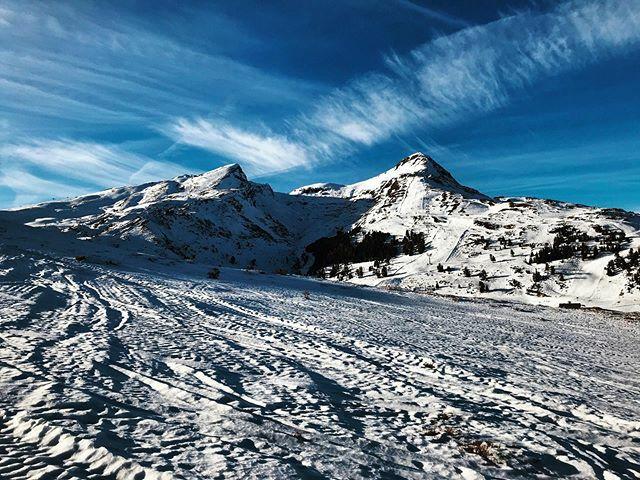 *** Männlichen *** #mybeoland #myswitzerland #männlichen #inlovewithswitzerland #visitswitzerland #letsgosomewhere #discoverearth #natureaddict #naturelovers #thewanderco #blickheimat #ourplanetdaily #landscapephotography #neverstopexploring #discover_sw… https://ift.tt/37uIf3wpic.twitter.com/Sks3mRLz8r