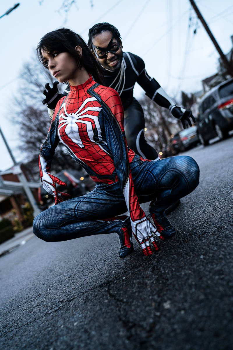 @KimphotosA  did a great job for me @Tacodactyl   #spidermanps4 #blackcat #blackcatcosplay #spiderman #spidermangenderbend #blackcatgenderbend #spidermancosplay #ps4 #marvel #marvelcosplaypic.twitter.com/nYyPQNN26E