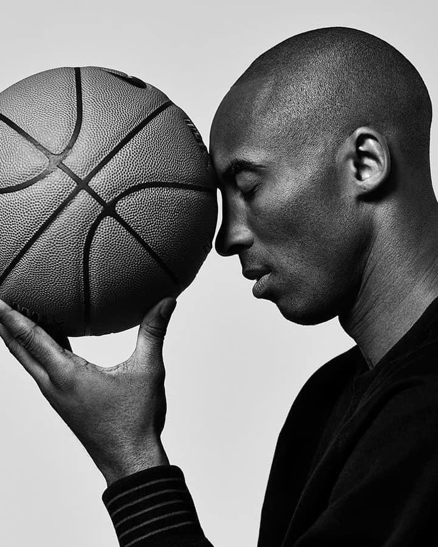 So sad to hear the heartbreaking news of the deaths of Kobe and his daughter Gianna. Kobe was a true legend and inspiration to so many. Sending my condolences to his family and friends and the families of all who lost their lives in the crash. RIP Legend💔