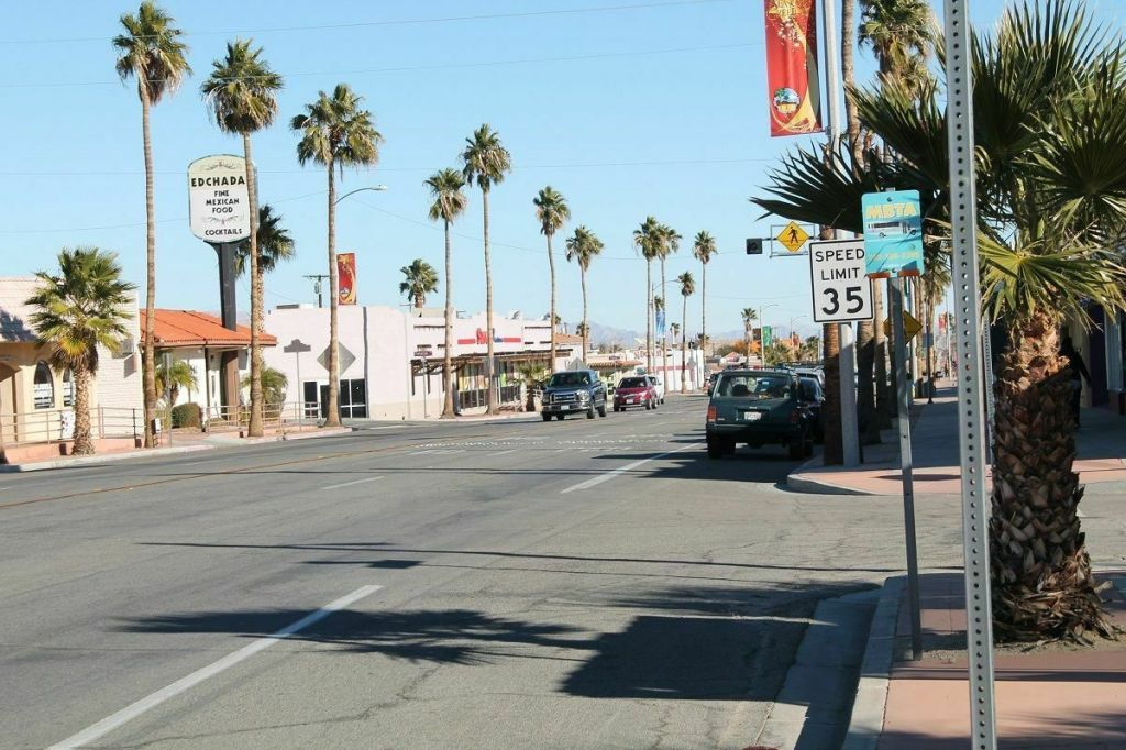 RESIDENTIAL LOT, CITY OF TWENTYNINE PALMS, CLOSE TO DOWNTOWN, MOBILES OK,LOOK https://www.waveestore.com/shop/real-estate/residential-lot-city-of-twentynine-palms-close-to-downtown-mobiles-ok-look/…pic.twitter.com/zEqA0m08xP