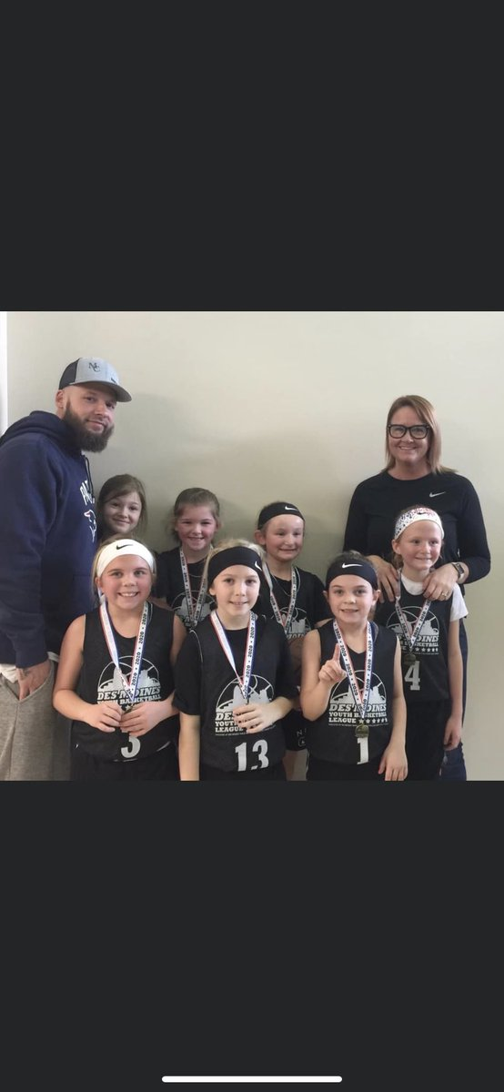 Girls did a great job today!! Tournament CHAMPS!! https://t.co/BQF08JDo3r