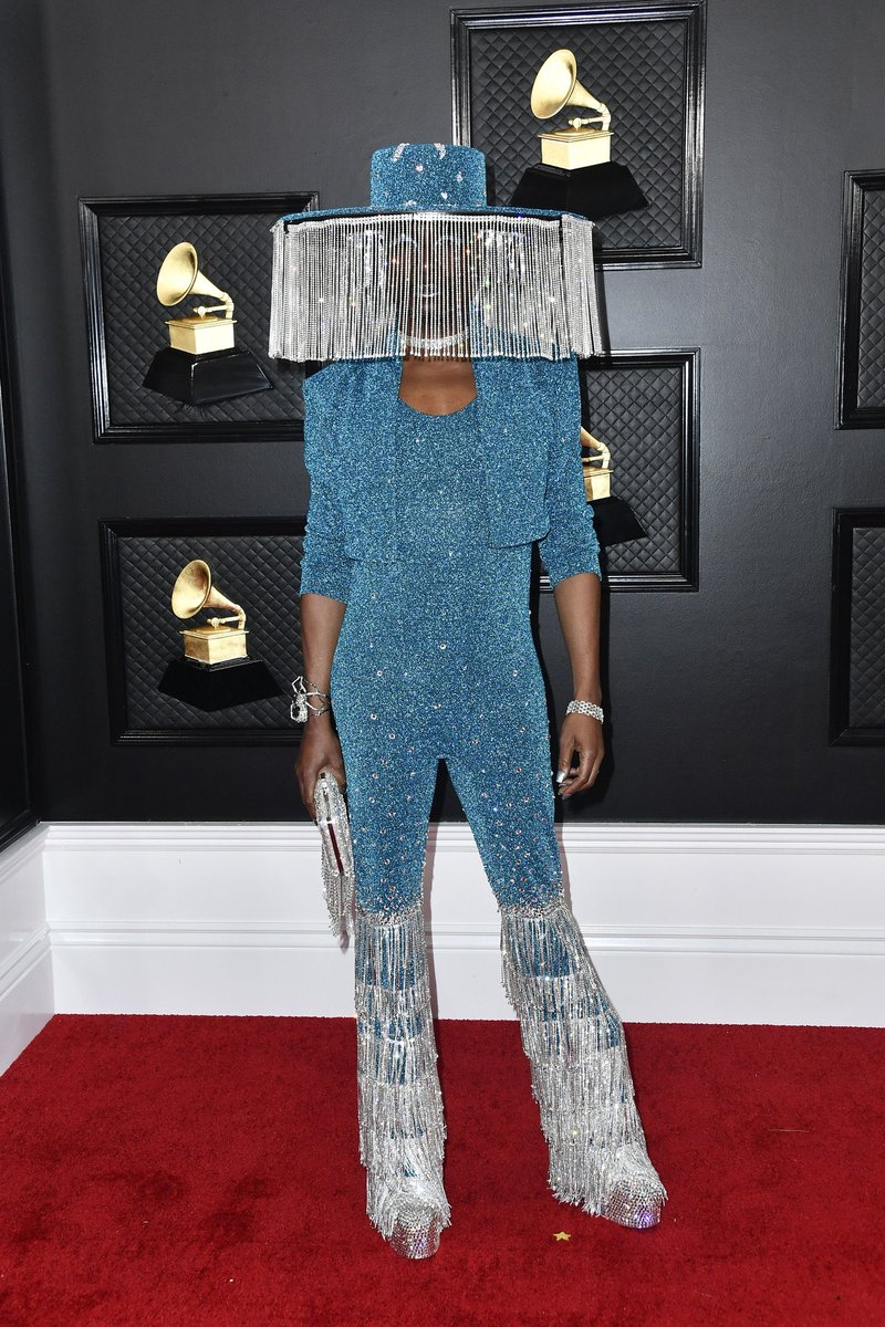 blocking out the haters #grammys #GRAMMYAwards2020
