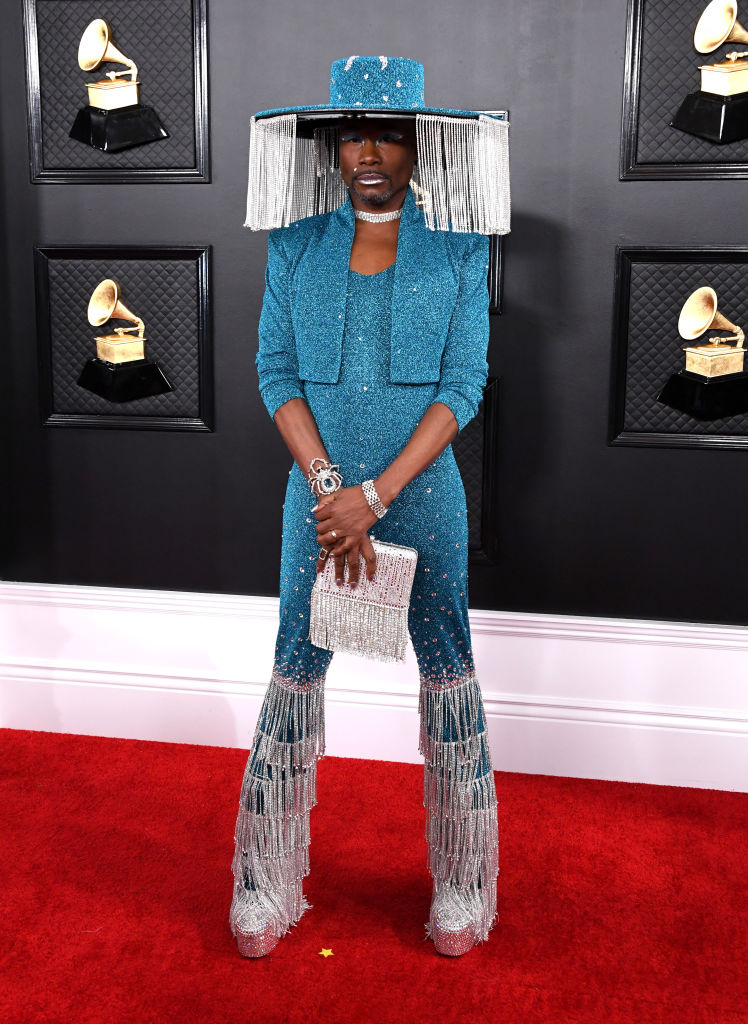 .@theebillyporter does not play games on the red carpet! #GRAMMYS ow.ly/tFH250y5jiJ