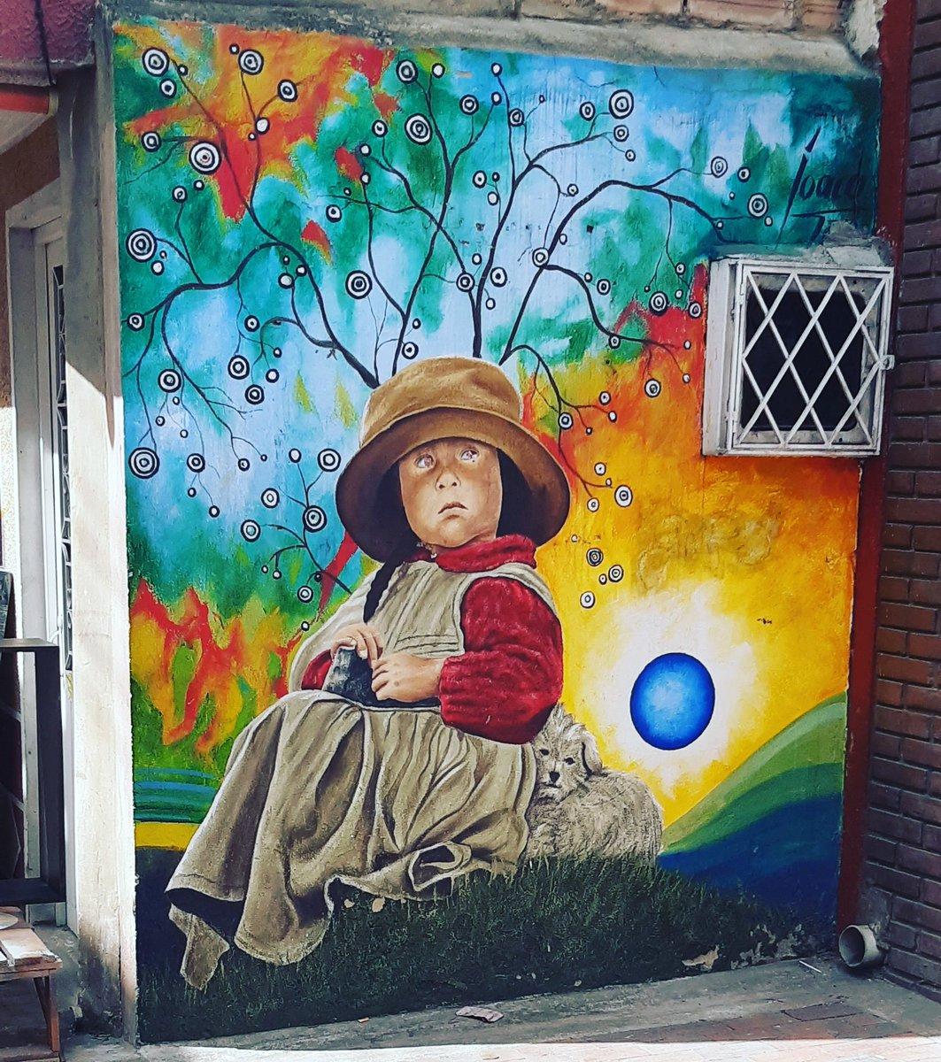 Lunes . . . . #Colombia #Bogotá#StreetArt #artecallejero #graffiti #urbanart #arteurbano #graffitiart  #streetarteverywhere #mural #artemuro #wallart #contemporaryart #streets #uniquestreets #artdisplay #photography  #delacalle  #streetartphotography  #androidphotographypic.twitter.com/xJ8zZIxdFy