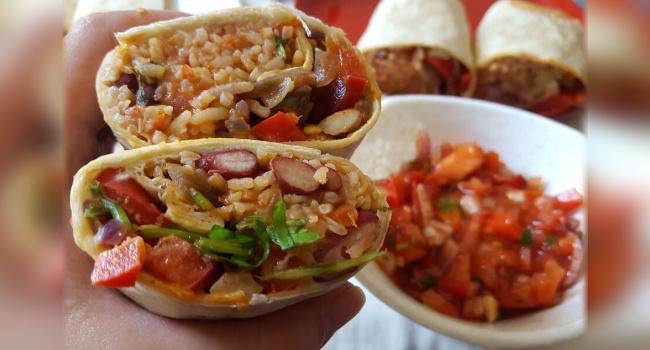 Vegan Burrito with bean rice & mushrooms. https://www.veganaustralia.org.au/recipe_vegan_burrito_with_bean_rice_mushrooms?parenttag=recipe… #veganfood  #govegan  #veganism  #vegan  #veganfoodshare  #whatveganseat  #plantbased  #Food  #Recipe  #Burrito  #VegetarianFoodpic.twitter.com/WM5lEF5kQ7