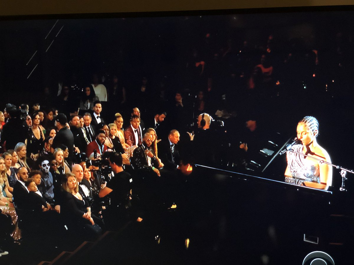 That feeling when you skip the free breakfast. #GRAMMYs