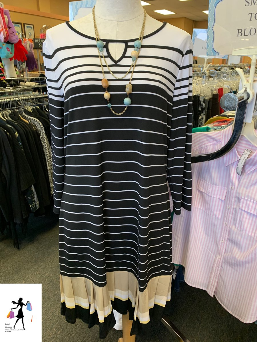 White House Black Market Dress *new!*Sz: Large 37.99Necklace $10.99#shop #shopsmall #shopmycloset #ootd #Iwant #weship #resale #consignment #retailtherapy #Houston #Texas #Cypress #Tomball #style #fashion #2020 #shopping #whbm #whitehouseblackmarket