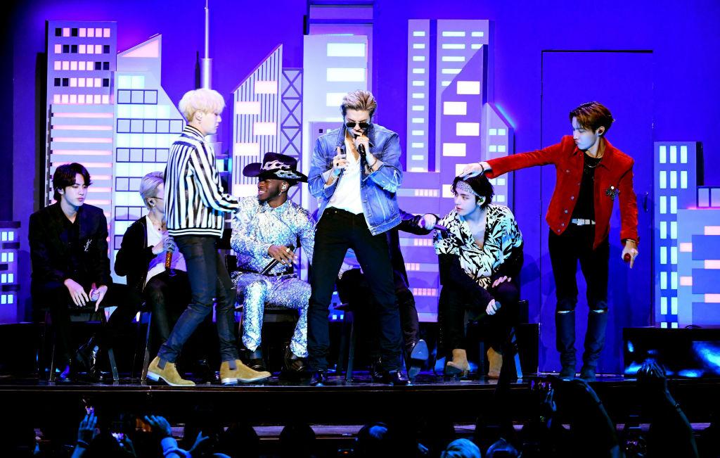 BTS Jadi Artis Korea Pertama yang Tampil di Grammy Awards