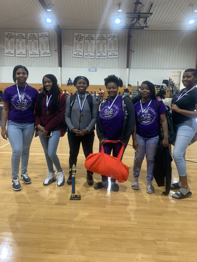 The Lady Jaguar powerlifting team came in 2nd place over all and will compete for a district championship on February 8th. pic.twitter.com/wrcsblmLLB