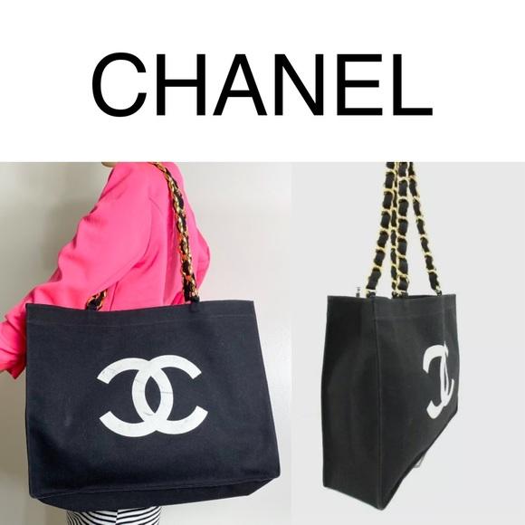 So good I had to share! Check out all the items I'm loving on @Poshmarkapp #poshmark #fashion #style #shopmycloset #chanel #brunellocucinelli #ermenegildozegna: https://posh.mk/XUdagq4Jf3pic.twitter.com/xSOEryVlkN