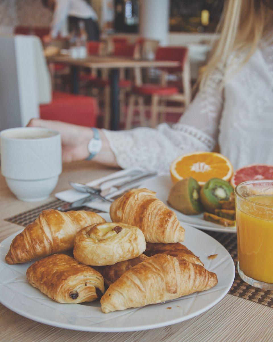 Det är viktigt - och gott! - med en rejäl frukost innan det är dags att ta sig an skidbacken #ClubMedLesArcsPanorama https://t.co/PY4TLVfJEk