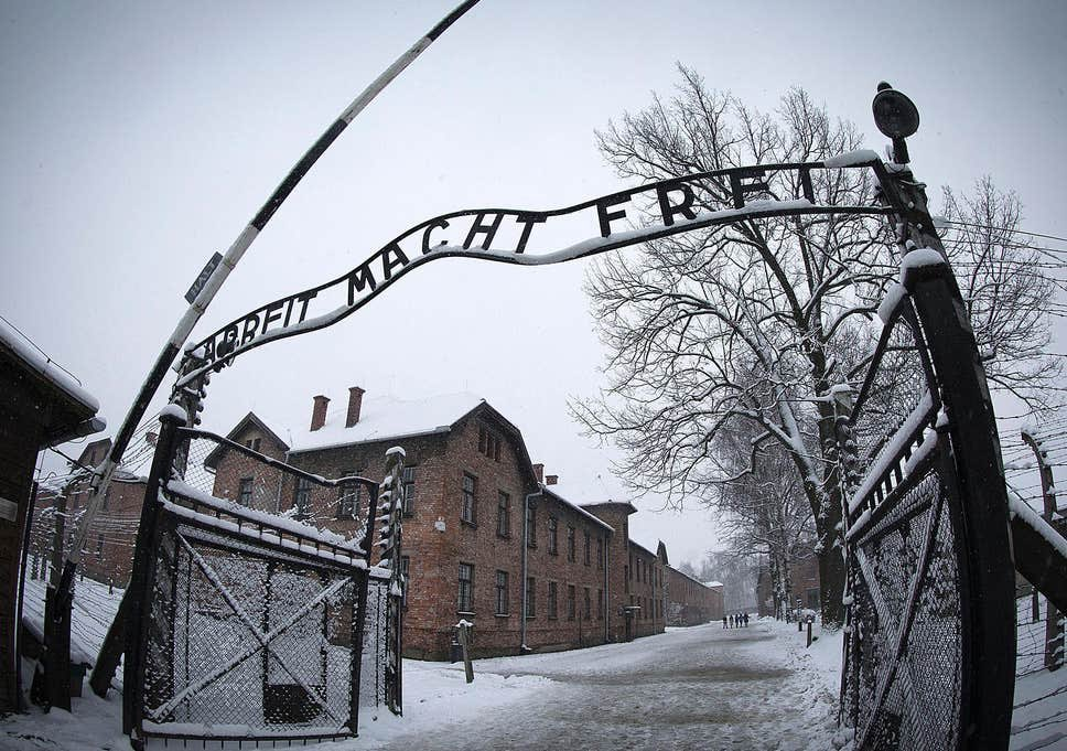 75 years since the liberation of Auschwitz-Birkenau, a place that was the very definition of hell, representing the absolute worst of humanity; within living memory.   This place wasn't run by monsters or animals; it was run by people. Remember this. #HolocaustRemembranceDay https://t.co/2hgEiDiMZX
