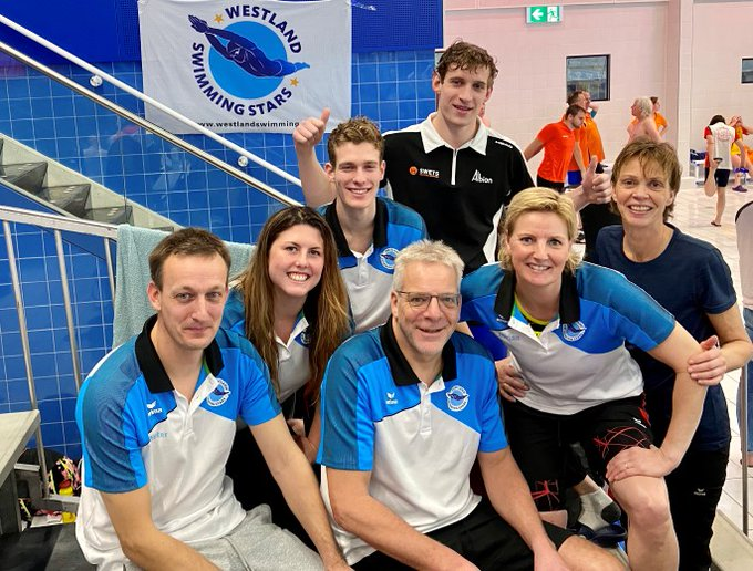 Estafettedames Westland Swimming Stars verbreken record https://t.co/0EtR3TcNn1 https://t.co/5QnPN4YEE2