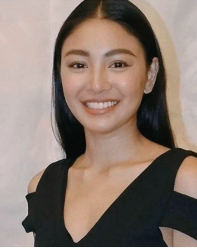 This year started tough and rough for Nadine.  Too many changes happened in 1 month.  But I know she gave her well thought decisions on this.   Now she will be more focused on herself and career.   #WeGotYouNadine<br>http://pic.twitter.com/tG0LqkNrD4
