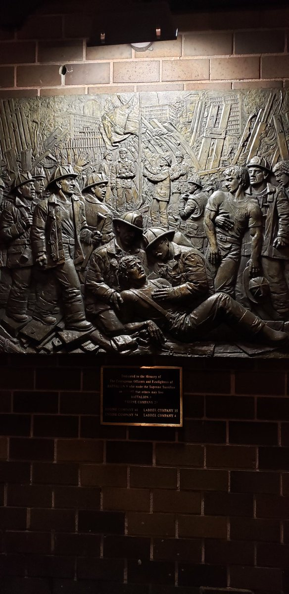 This station in the #TheaterDistrict of NYC also lost members in nbn the response to the #worldtradecenter events of 9/11.  Thank you for your historic and continual heroic service #Engine54 #ladder4 #battalion9  And you always @readtheplaque<br>http://pic.twitter.com/z57tyIOnm8