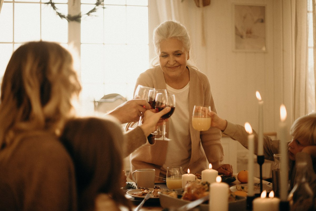Save us a seat & grab a bottle of Ohio wine before family dinner tonight! Find us at some of your favorite local stores, http://bit.ly/2P1Oxzk. #FindItHere