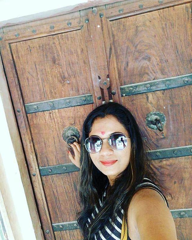 Beautiful Wooden Doors!  #palaces #ancientindia #ancientdoors #doors #rajasthanpic.twitter.com/EqZy3FIKU3