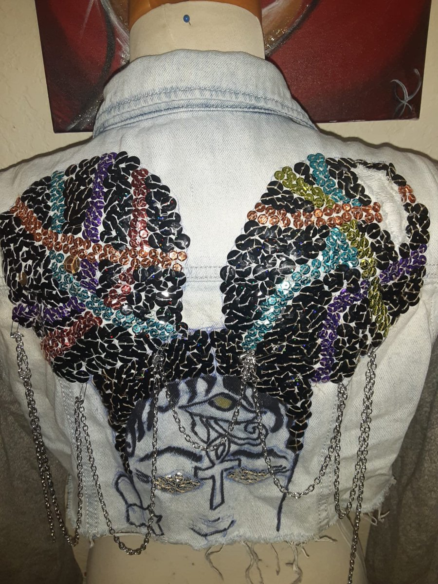 @ PINKYMOWATT customized jackets.... . . . . Get touched by PINKYMOWATT.  . . #girlyshit #blackartists #jacketlovers #jeansjacketart #jeansjacket #unique #handmade #accessories #girlaccessories #chains #sequins #afro #blackartists #blackownedbusiness #artlover #oneofakindpic.twitter.com/XlWsJuUKPe
