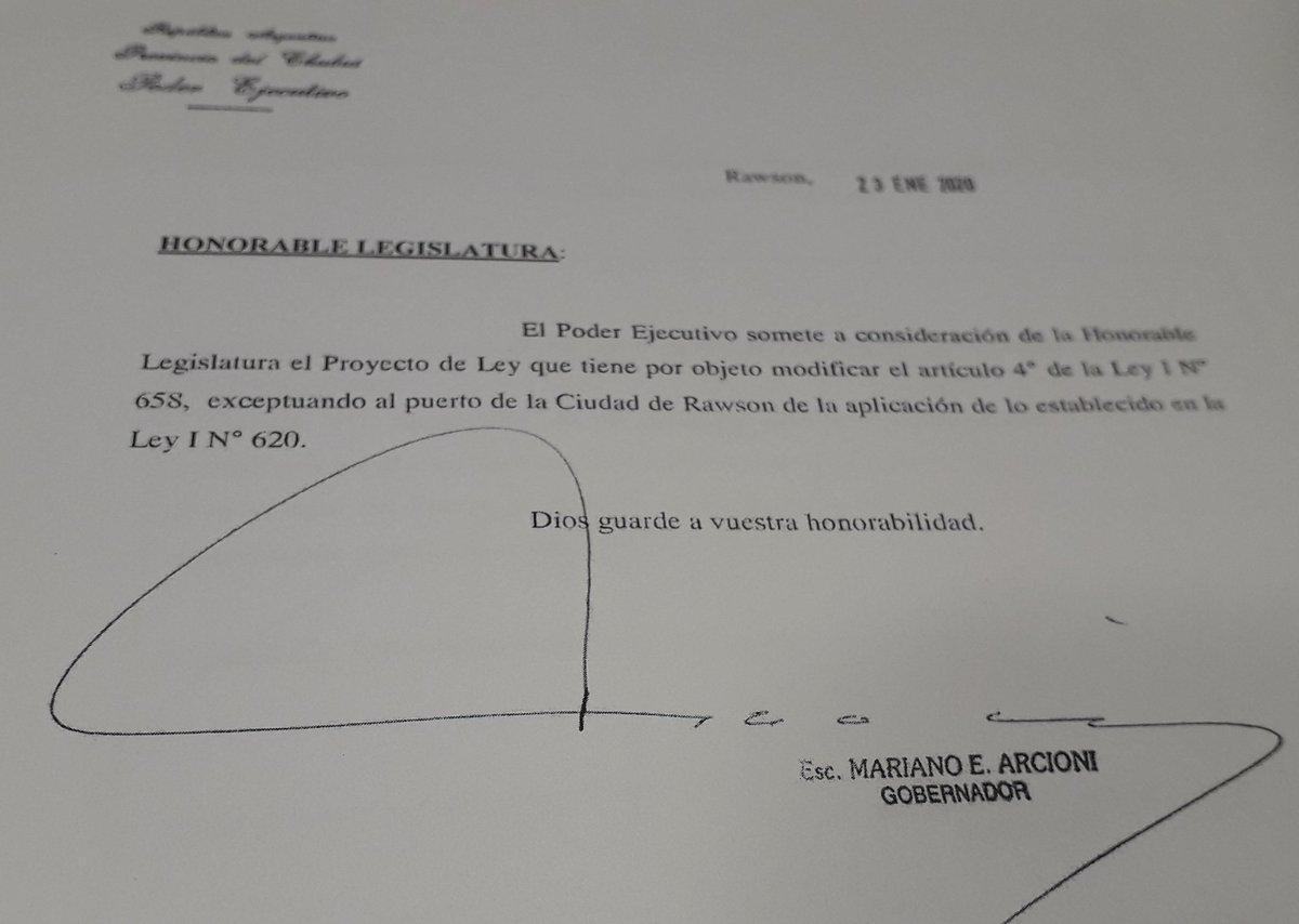 Proy ley modificando art 4 de Ley I N 65B exceptuando al puerto de #Rawson y #Comodoro. Para el caso del Puerto de Rawson, la excepción se aplicará p las Flotas Artesanal y Amarilla q operan en el mismo @radio3trelew @adatasur @TropicalRawson @fmlapetrolera @fmsol947esquel https://t.co/mi7uQxSQNp