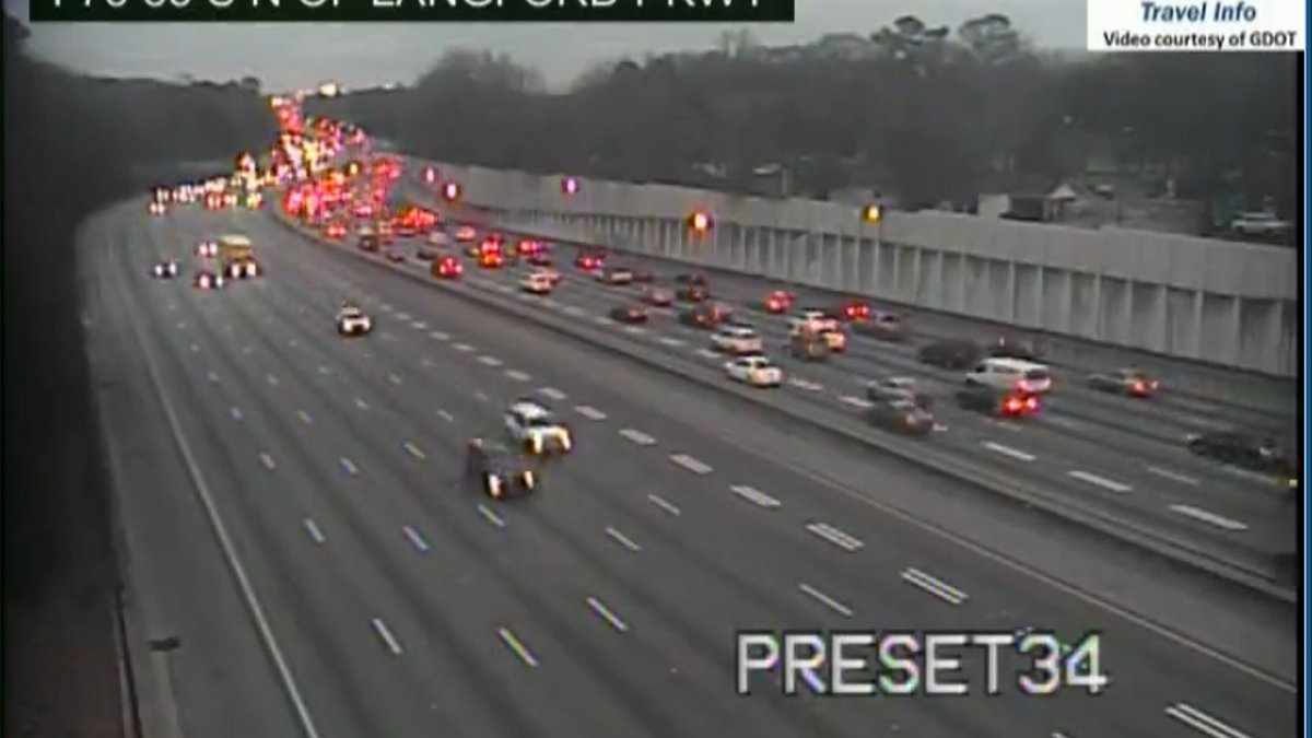 Bumper to bumper on the DT Connector NB from Hwy 166 into midtown.  #MorningRushATL <br>http://pic.twitter.com/cBmqWG7wgh