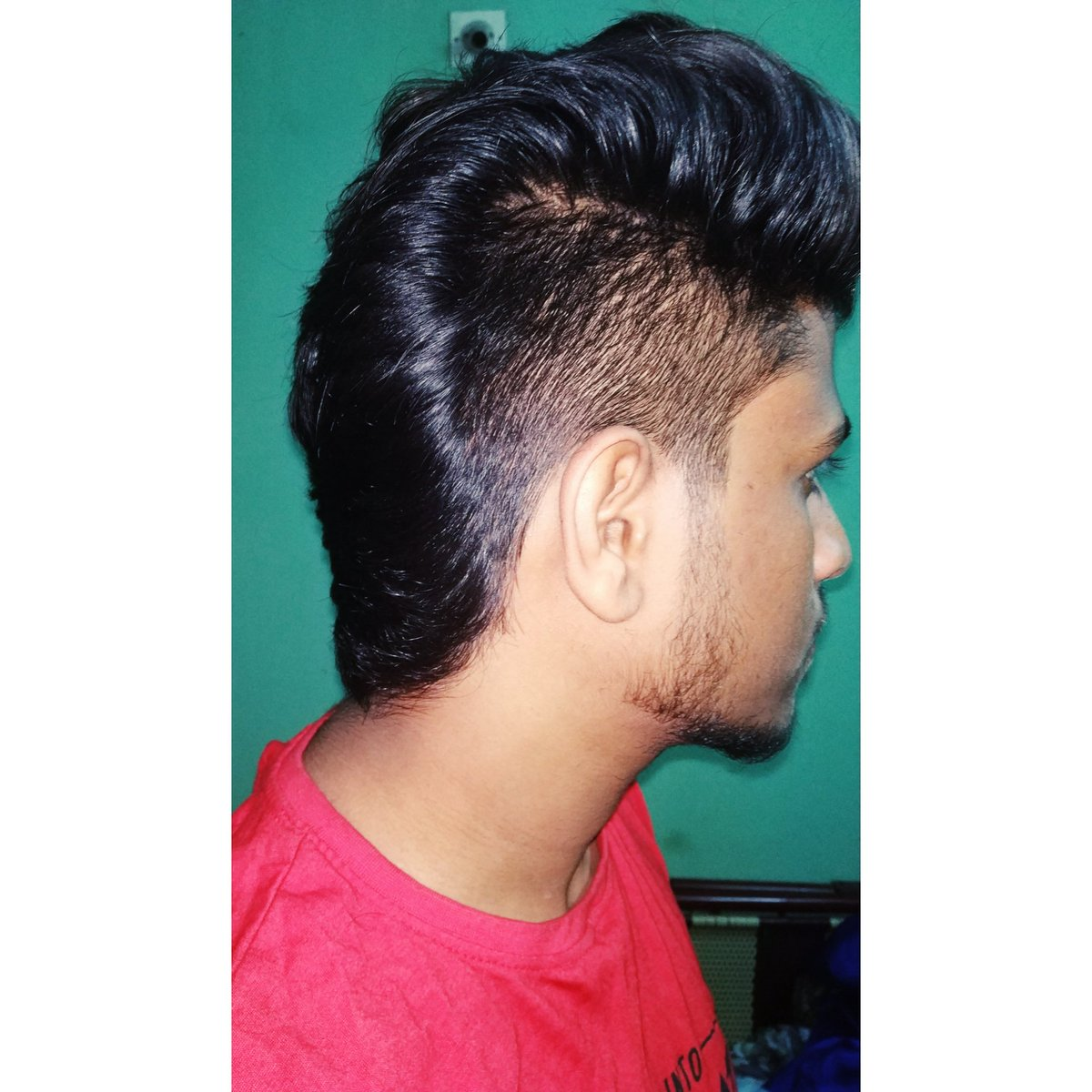 New hair cut   #hairLove <br>http://pic.twitter.com/4DQqIKo7tO