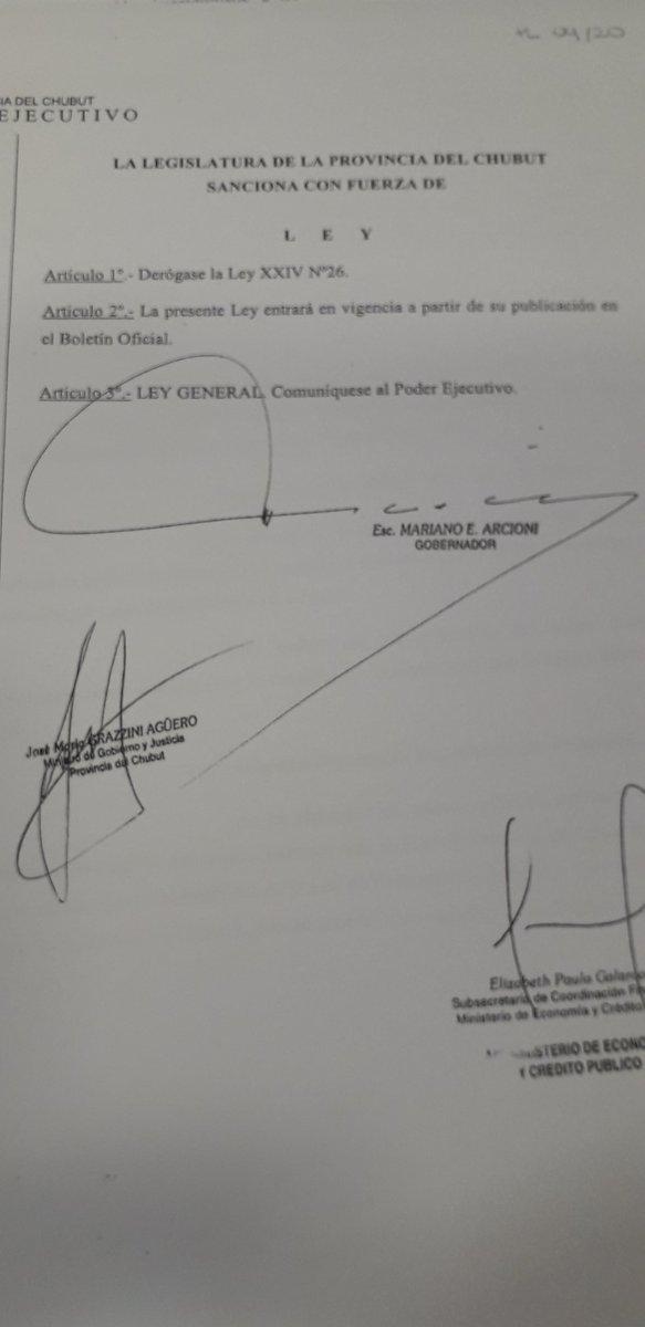 Se deroga la ley XXIV N 26 busca eliminar la exención en el impuesto a los sellos q gozan los actos jurídicos relacionados c la prospección, explotación y explotación de sustancias minerales @radio3trelew @RadioChubut @adatasur @ElComodorense https://t.co/fQe0LrPKT9
